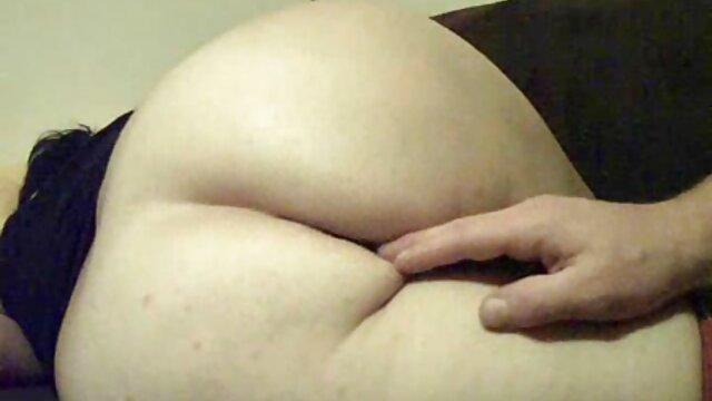 A melhor pornografia não tem registo.  Ela vendeu a quero ver filme de pornô de japonesa rata a uma miúda de 18 anos e seguiu uma queca de qualidade.
